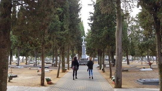 ayuntamiento-amplia-horario-visitas-reduce-grupos-4-personas-el-cementerio-pozoblanco-santos