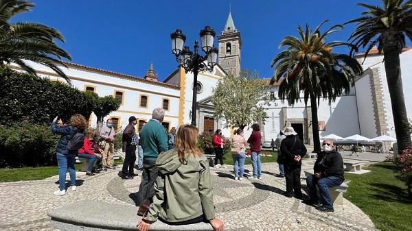 turistas-recorren-pozoblanco-para-conocer-sus-valores-historicos-artisticos