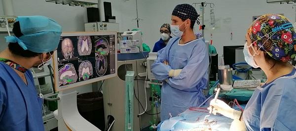 el-hospital-reina-sofia-incorpora-equipo-cirugia-maxilofacial-columna