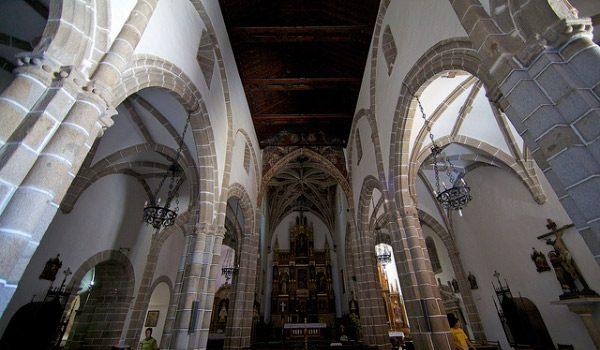 luz-de-bohemia-visitara-catedral-hinojosa
