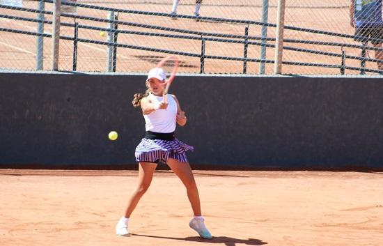 los-tenistas-pozoalbenses-candela-yecora-alejandro-lopez-participaran-torneo-nacional-ciudad-cartagena-sub-15