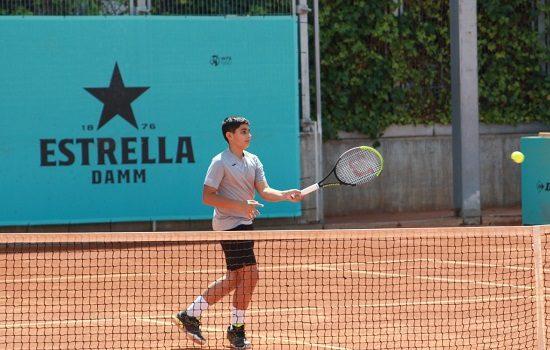 debut-gris-tenista-pozoalbense-alejandro-lopez-mutua-madrid-open-sub-16