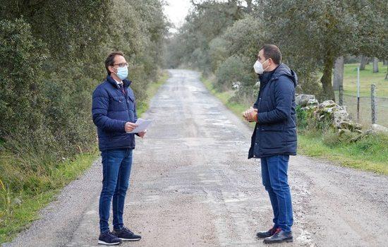 el-ayuntamiento-mejora-165-kilometros-de-74-caminos-rurales-de-pozoblanco