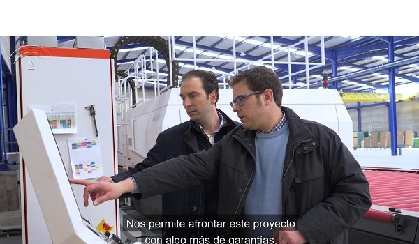 la-junta-apoya-proyecto-cristaleria-encinas-inversion-mas-1-38-millones-en-anora